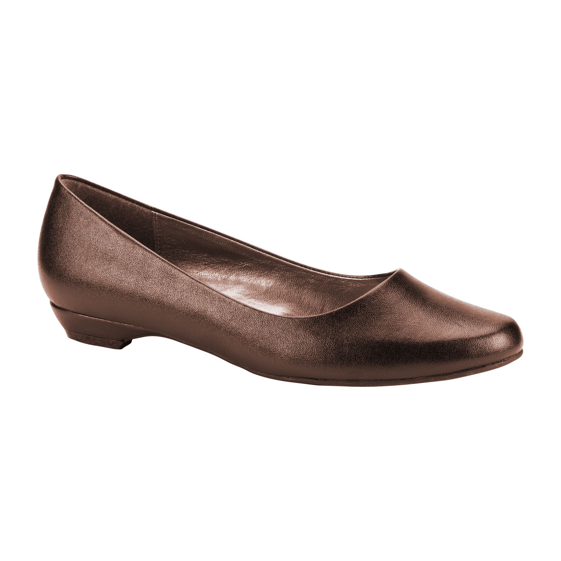 Basic Editions  Women's Irene Round Toe