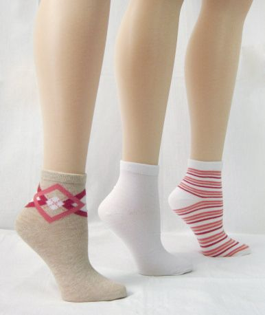 Basic Editions Women's Ankle Length Socks Three Pairs Oatmeal/White/Pink