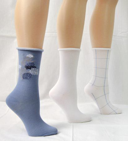 Basic Editions Women's Crew Socks Assorted Three Pack Light Blue/White