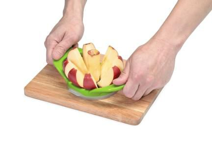 Wedge & Pop Apple Slicer                                                                                                         at mygofer.com