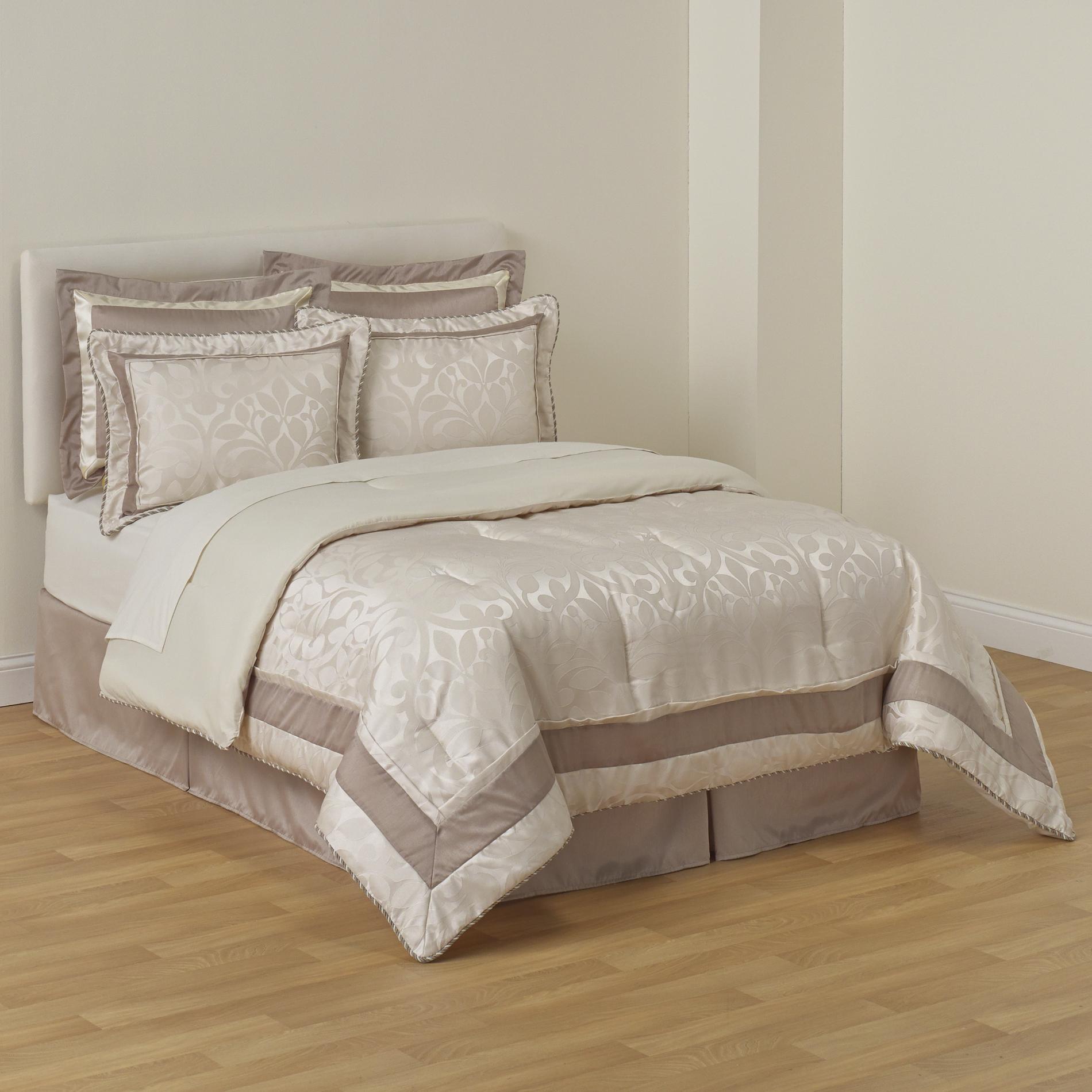 Jaclyn Smith 6-Piece Comforter Set - Botanical Jacquard