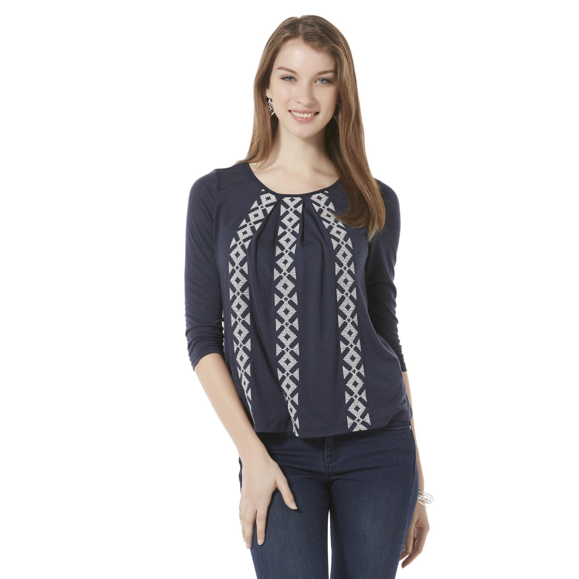 Attention Women's Embroidered T-Shirt - Geometric