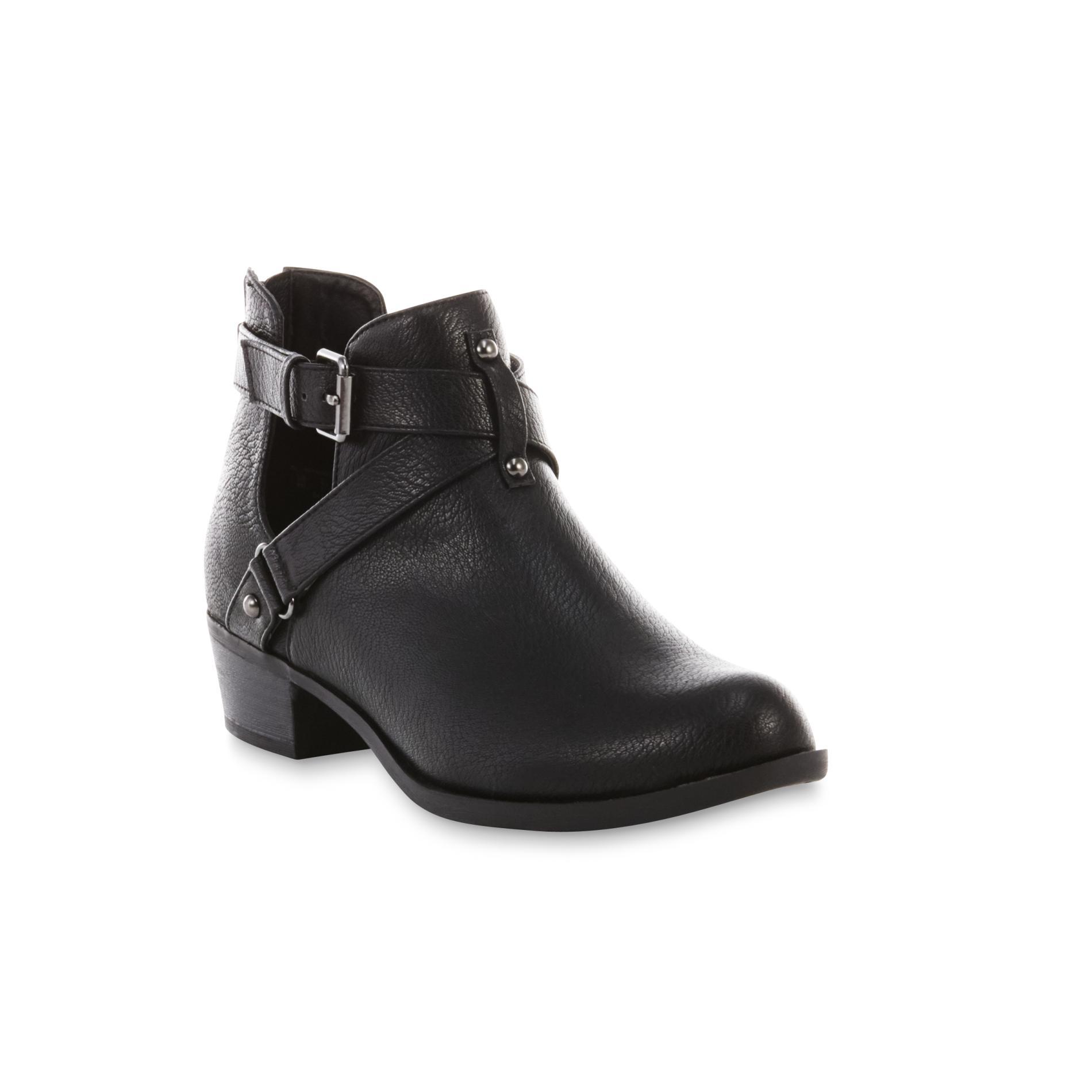 Attention Women's Rowan Black Ankle Bootie