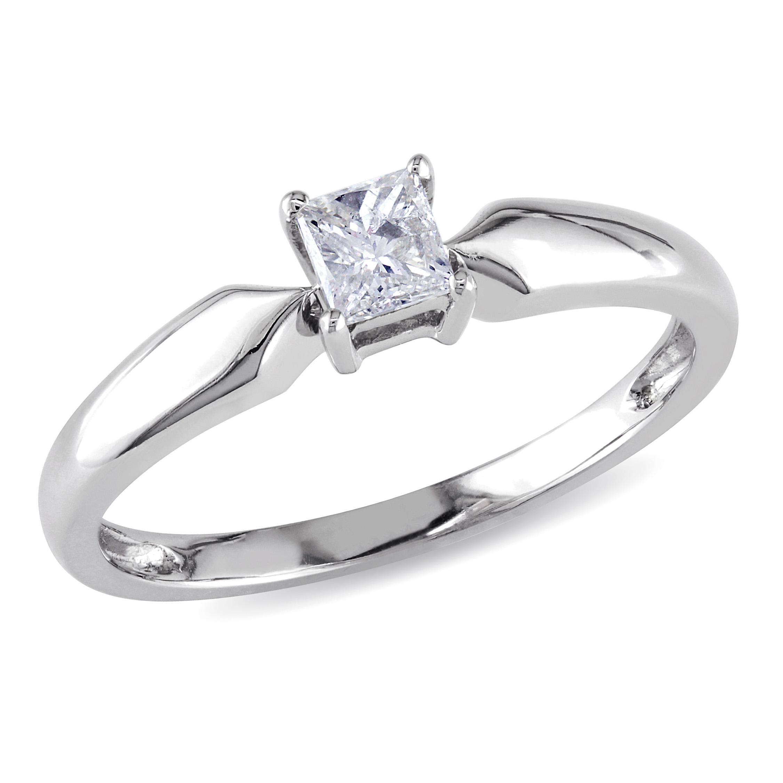 0.25 Cttw. Princess Cut 10k White Gold Diamond Solitaire Ring (I2-I3)