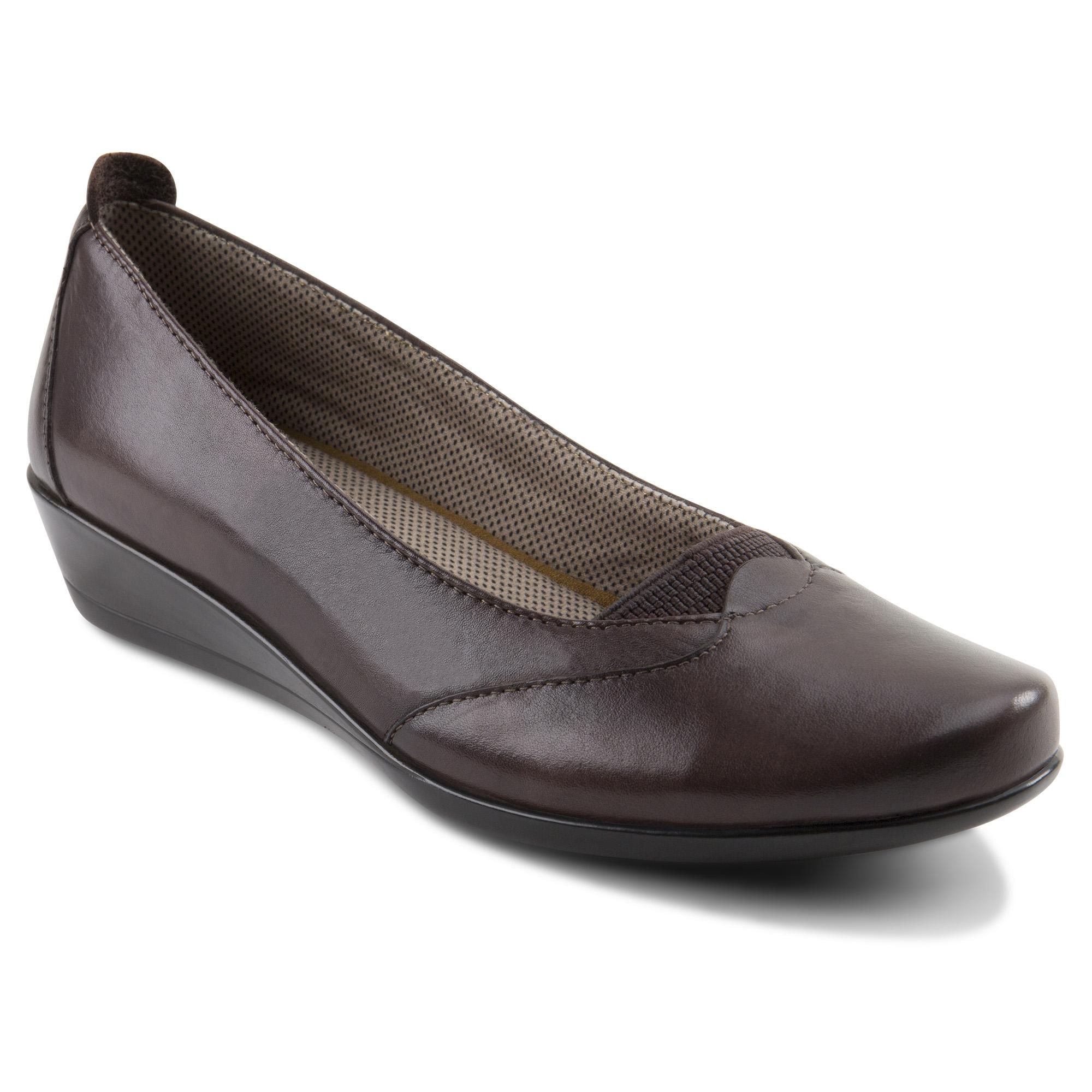 Eastland Women's Harper Brown Slipon Shoe