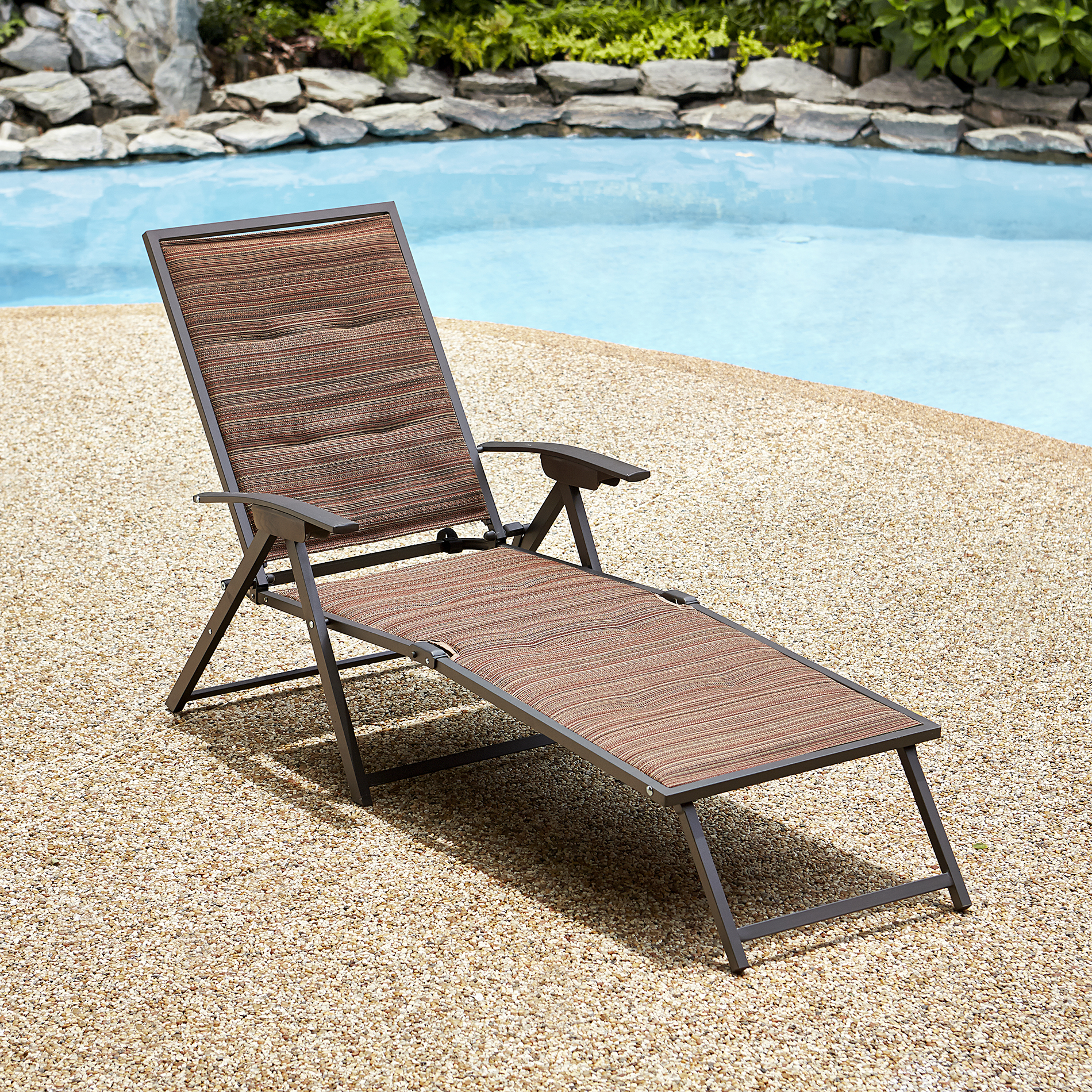 Garden oasis matching folding padded chaise palmetto