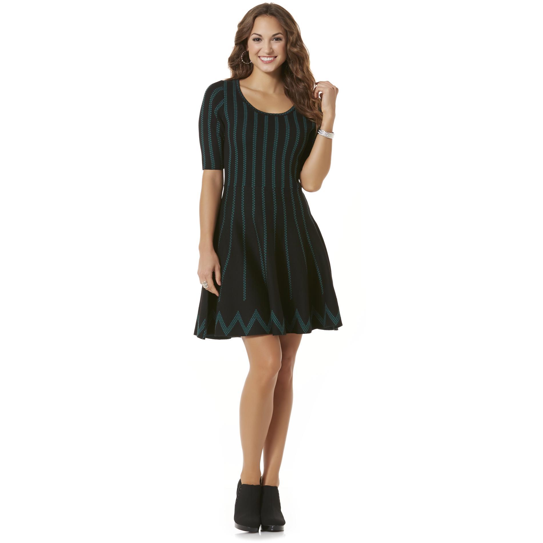 Gabby Skye Women's Sweater Dress - Striped