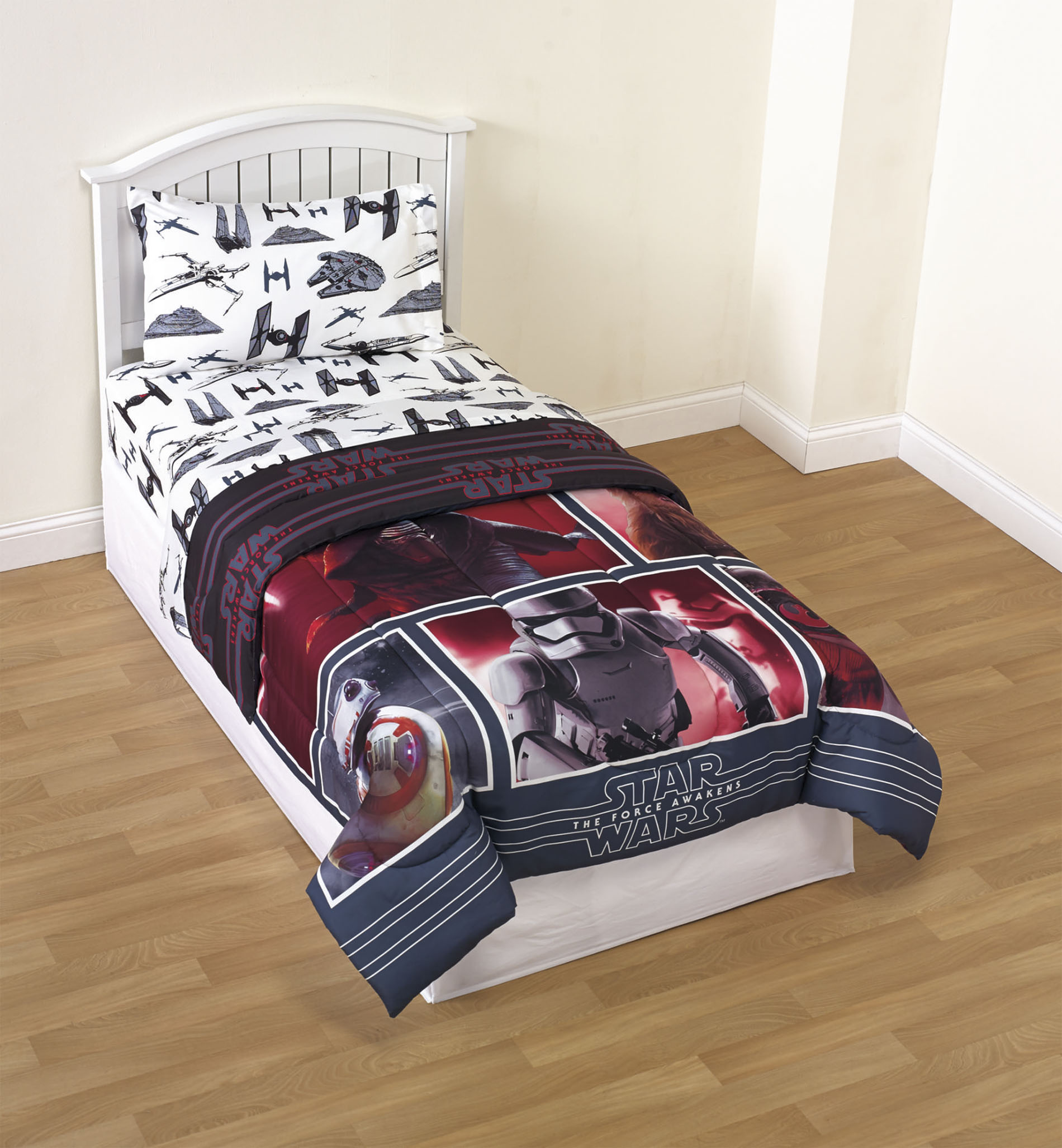 The Force Awakens Reversible Comforter