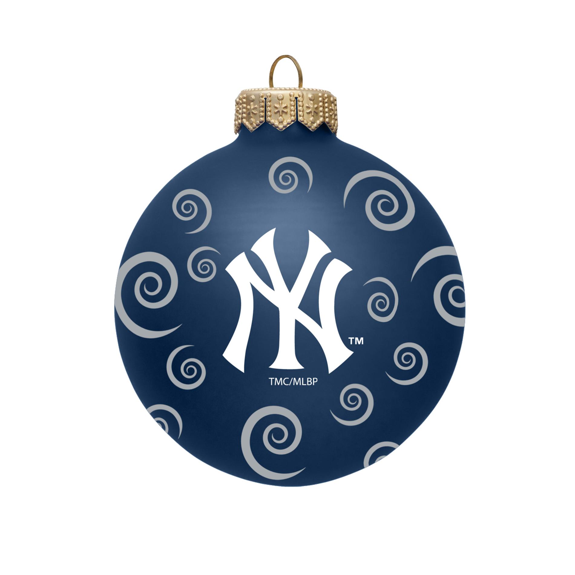 MLB New York Yankees Ball Ornament with Swirls