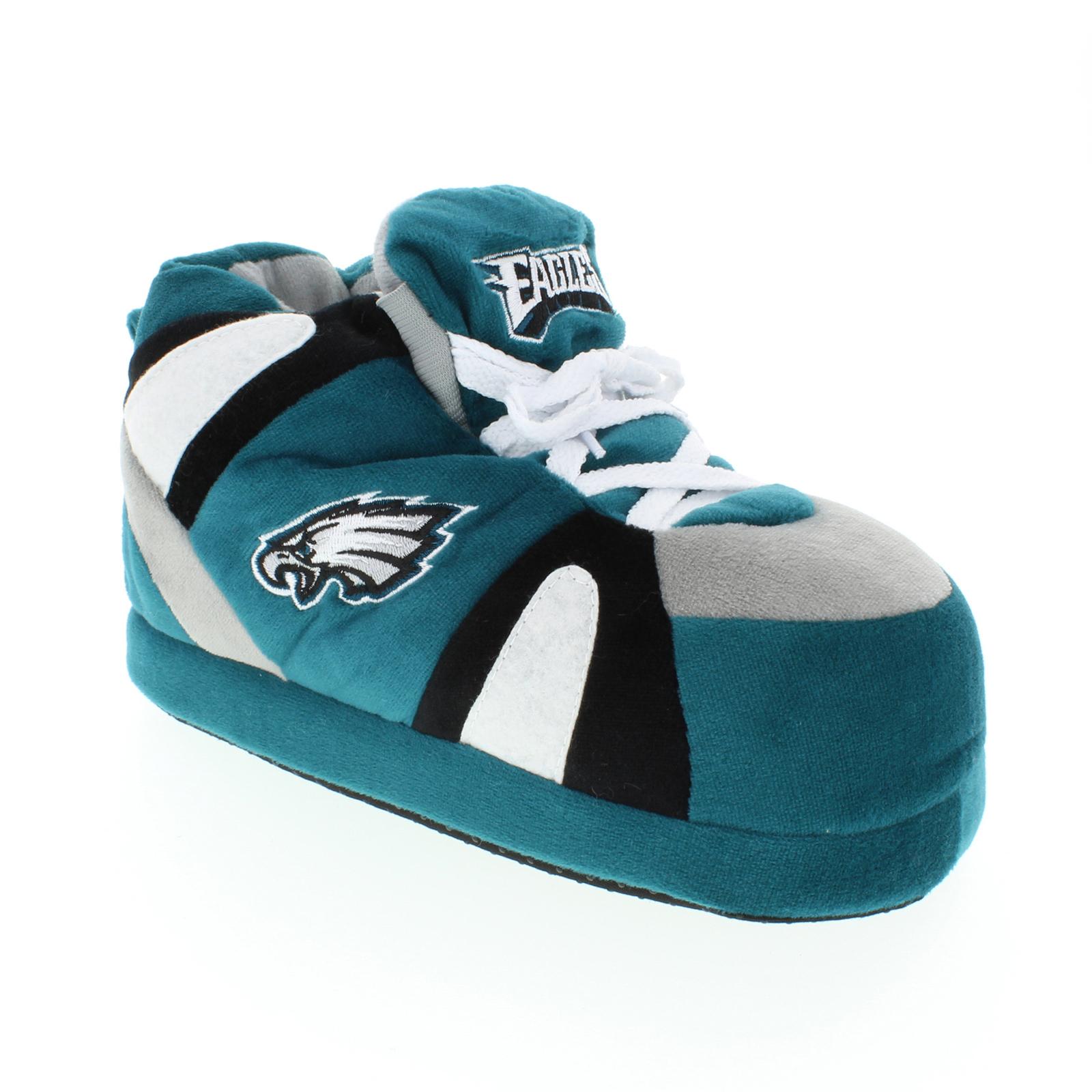 Comfy Feet NFL Philadelphia Eagles Small Slipper PartNumber: 080V003115895000P KsnValue: 3115895 MfgPartNumber: 184465