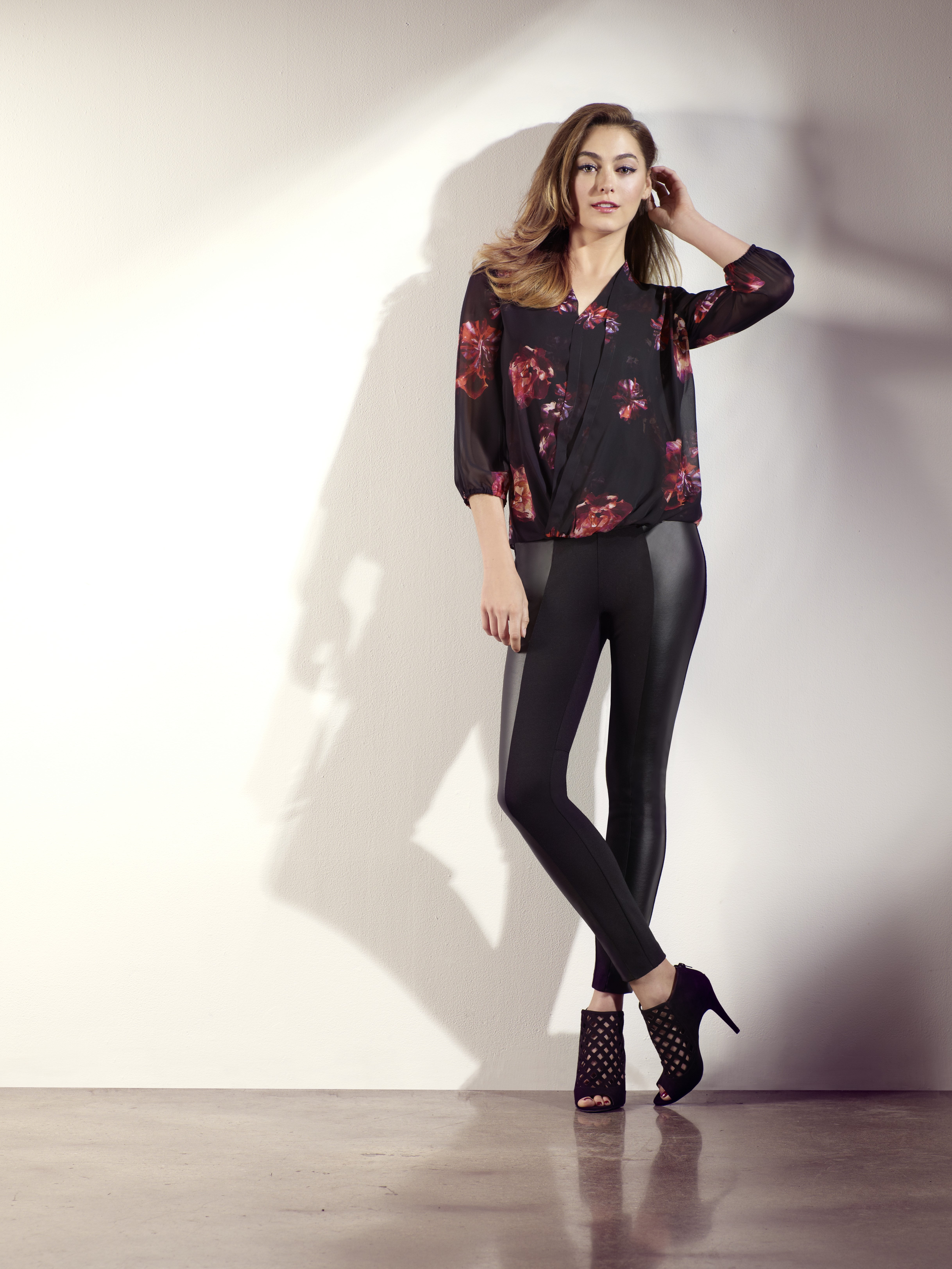 Womens Chiffon Your Way Outfit