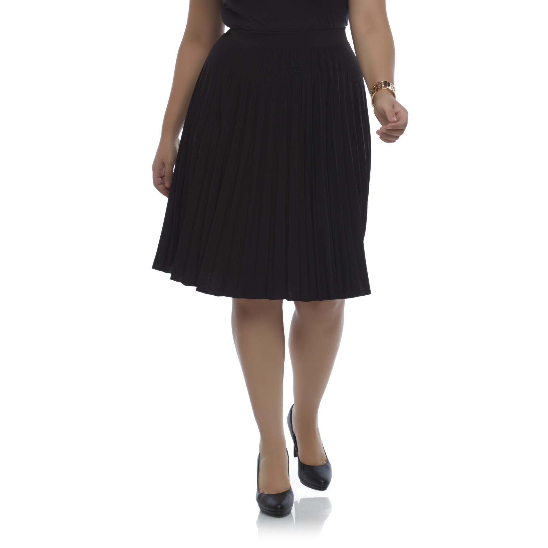 Covington Women's Plus Pleated Skirt