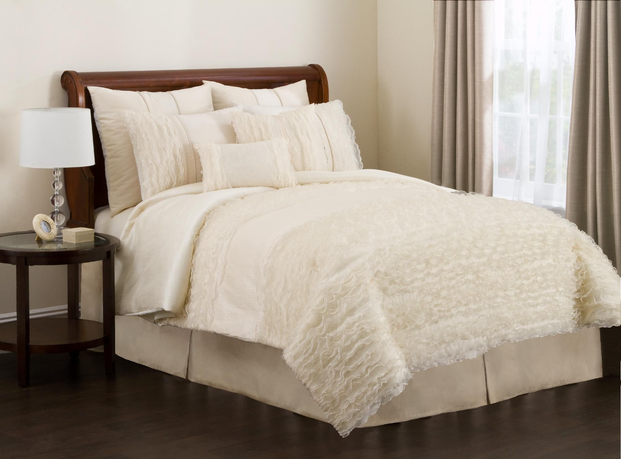 Paloma 4pc Queen Comforter Set Ivory