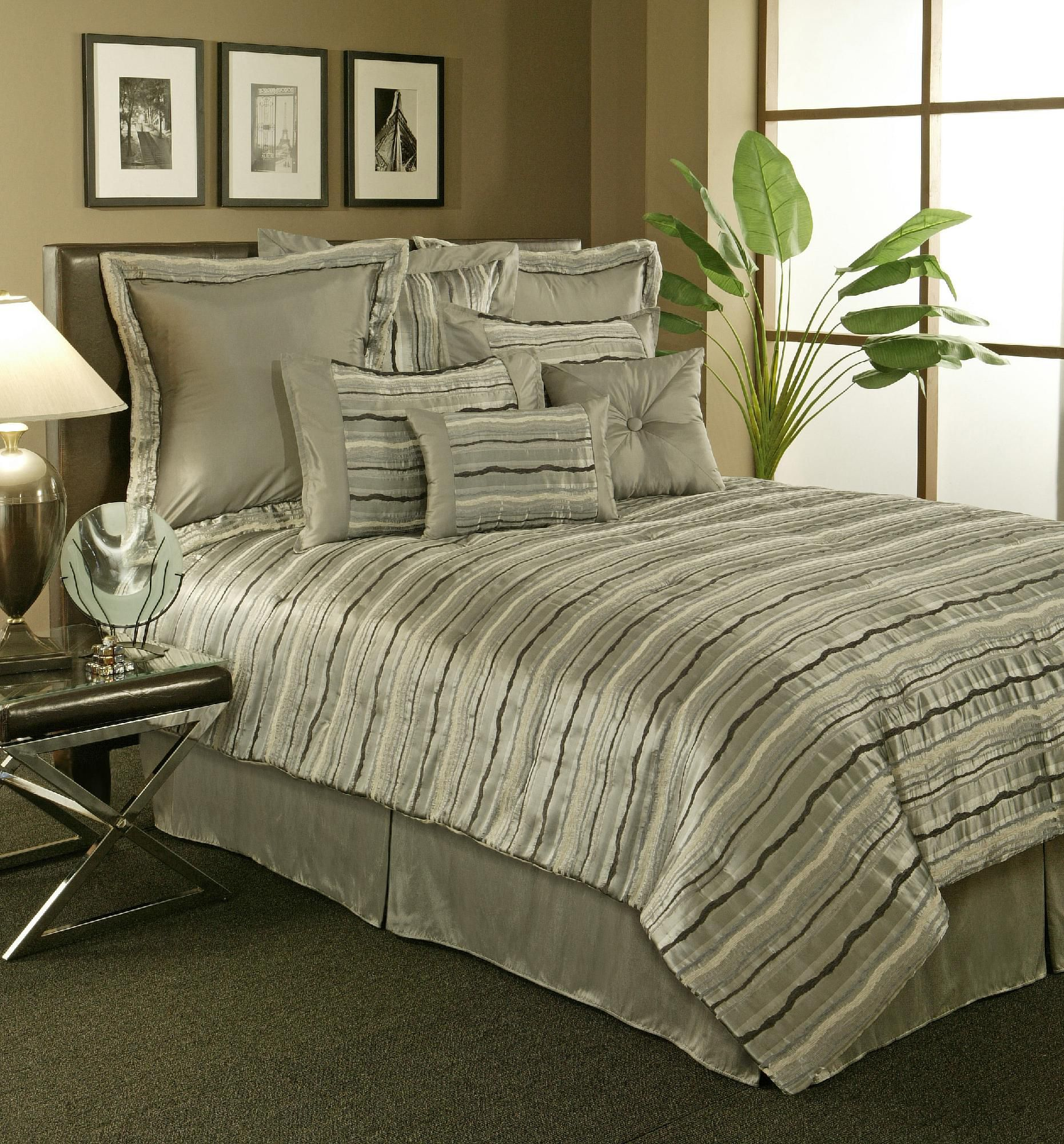 Stretta Spa Queen Comforter set