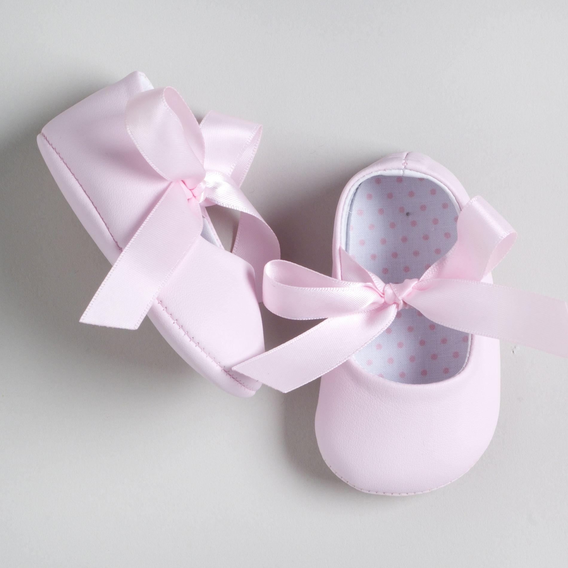 Little Wonders Girl s Vinyl Ballet Soft Sole Shoe with Ribbon Tie
