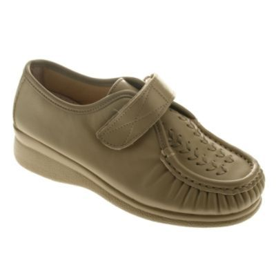 Womens Eileen-C Slip-on Beige Leather