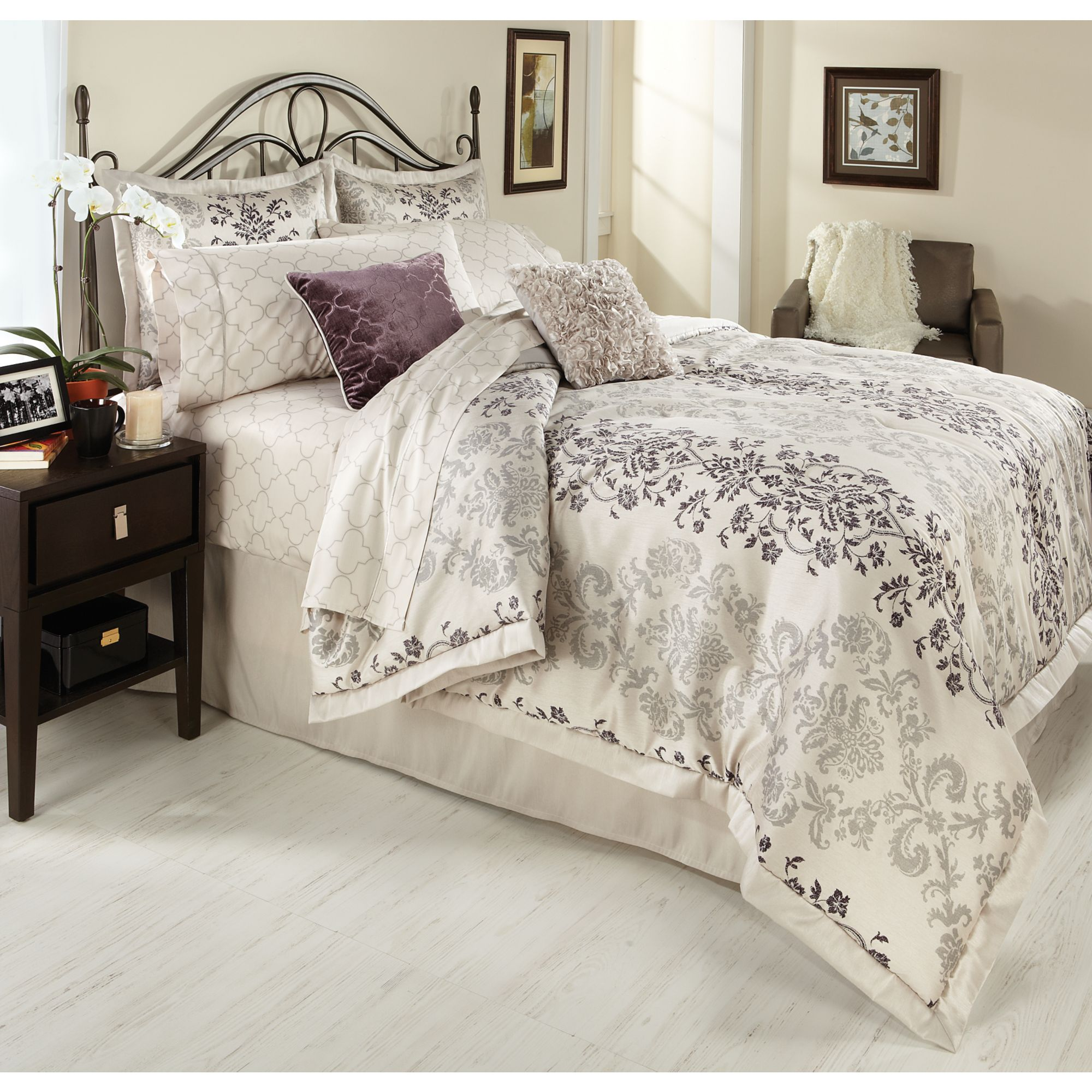 Bliss Comforter Set