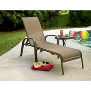 Garden Oasis Grandview Chaise Lounge & Side Table Bund...