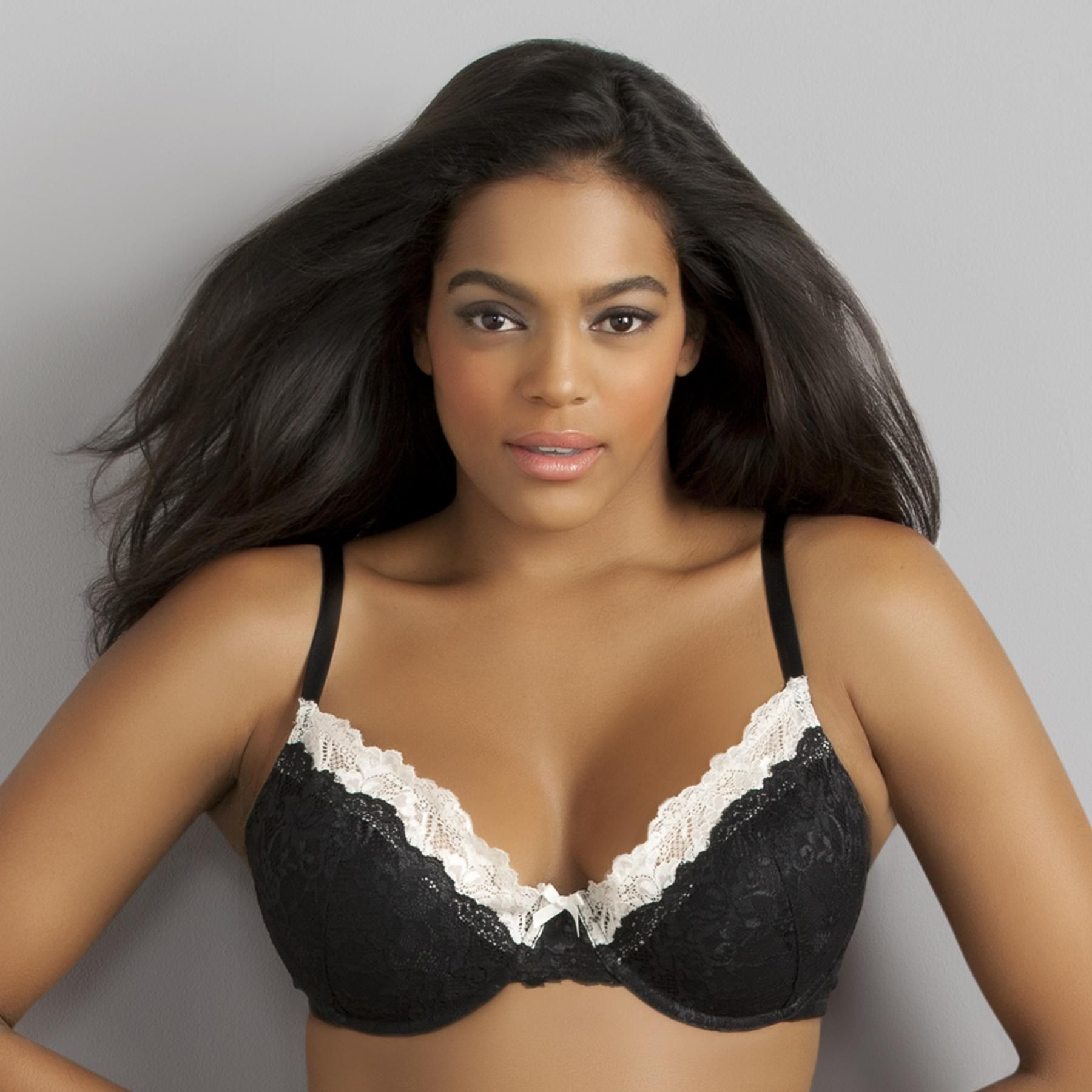 Sofia by Sofia Vergara Women's Flirty Bombshell Bra