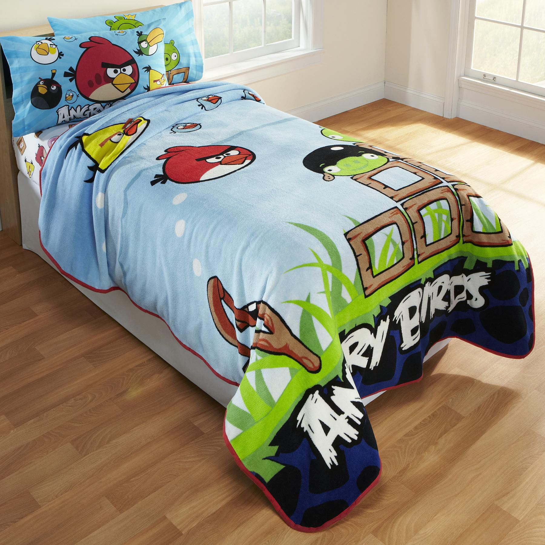 Child's Angry Birds Fleece Blanket
