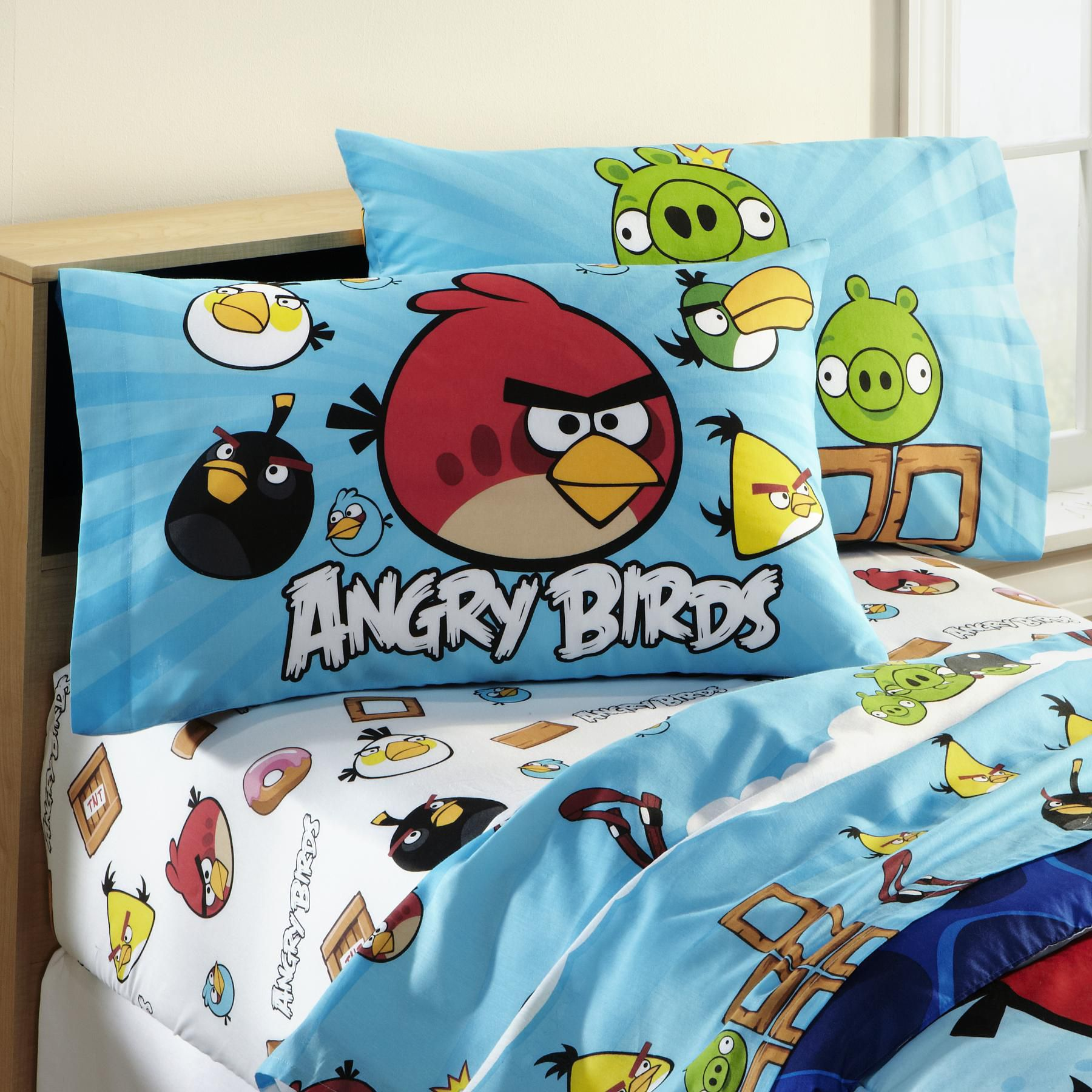 Child's Angry Birds Pillowcase