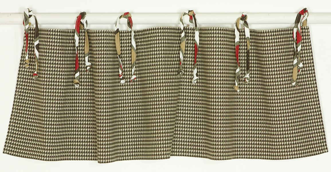 Cotton Tale  Houndstooth Straight Valance