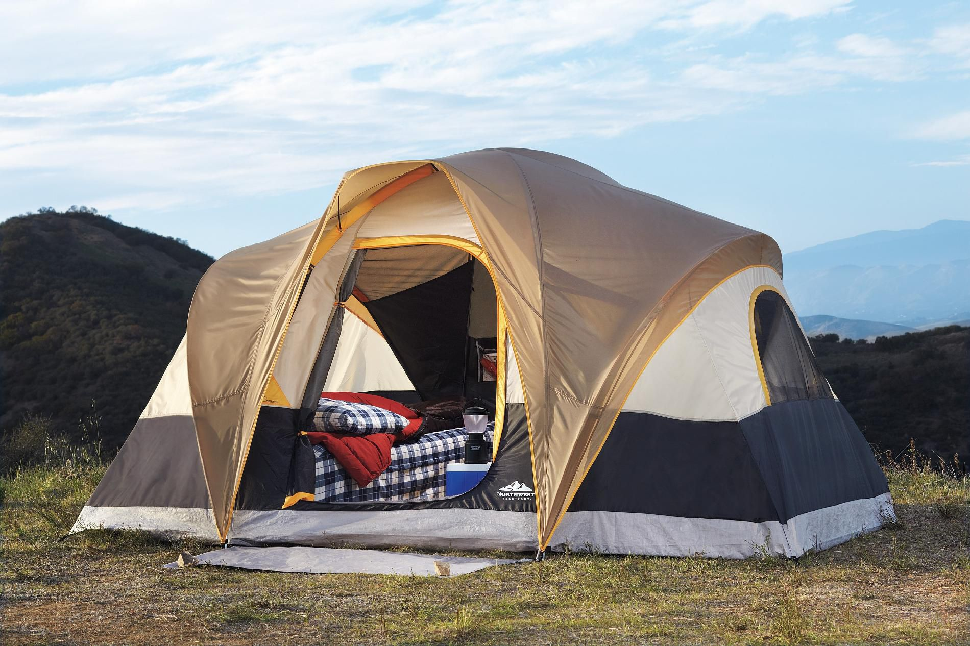 Northwoods 6-person tent                                                                                                         at mygofer.com
