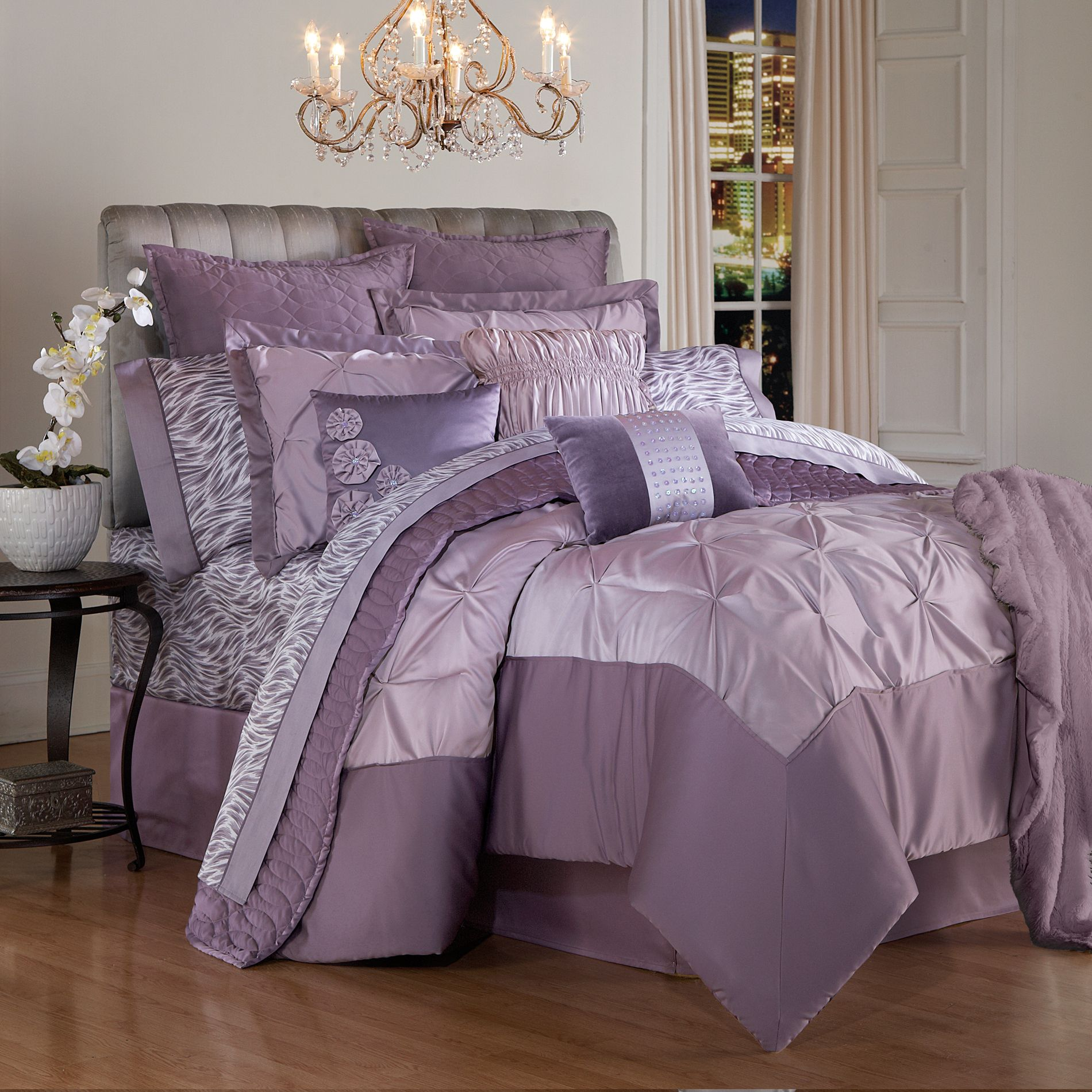 Kardashian Kollection Home-Spanish Harlem Bedding Collection