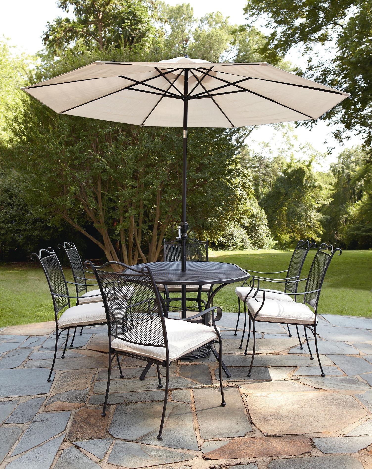 Garden Oasis Steinbeck 9ft Dining Umbrella Outdoor Living