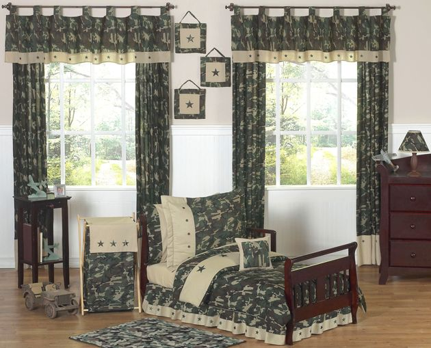 Sweet Jojo Designs Camo Green Collection 5pc Toddler Bedding Set
