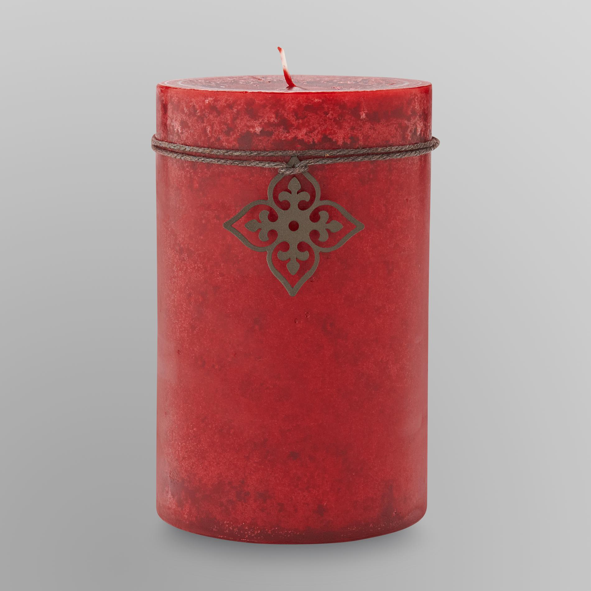 Sandra by Sandra Lee Pillar Candle - Cinnamon Apple & Clove