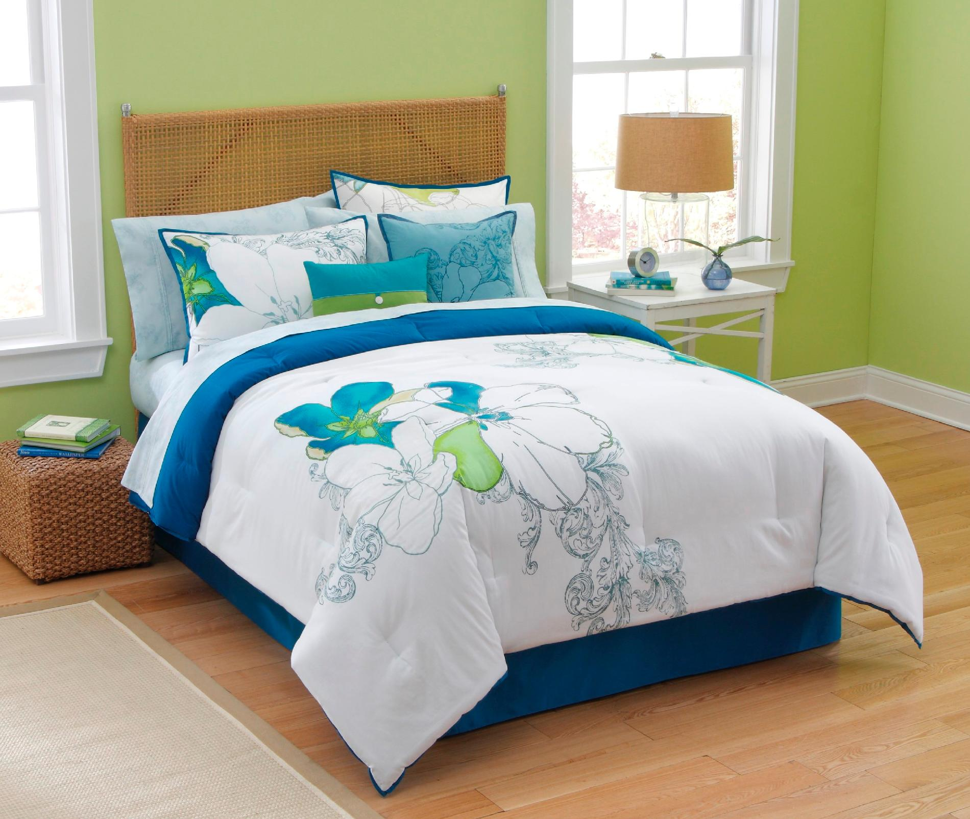 Abstract Floral Bedding Collection