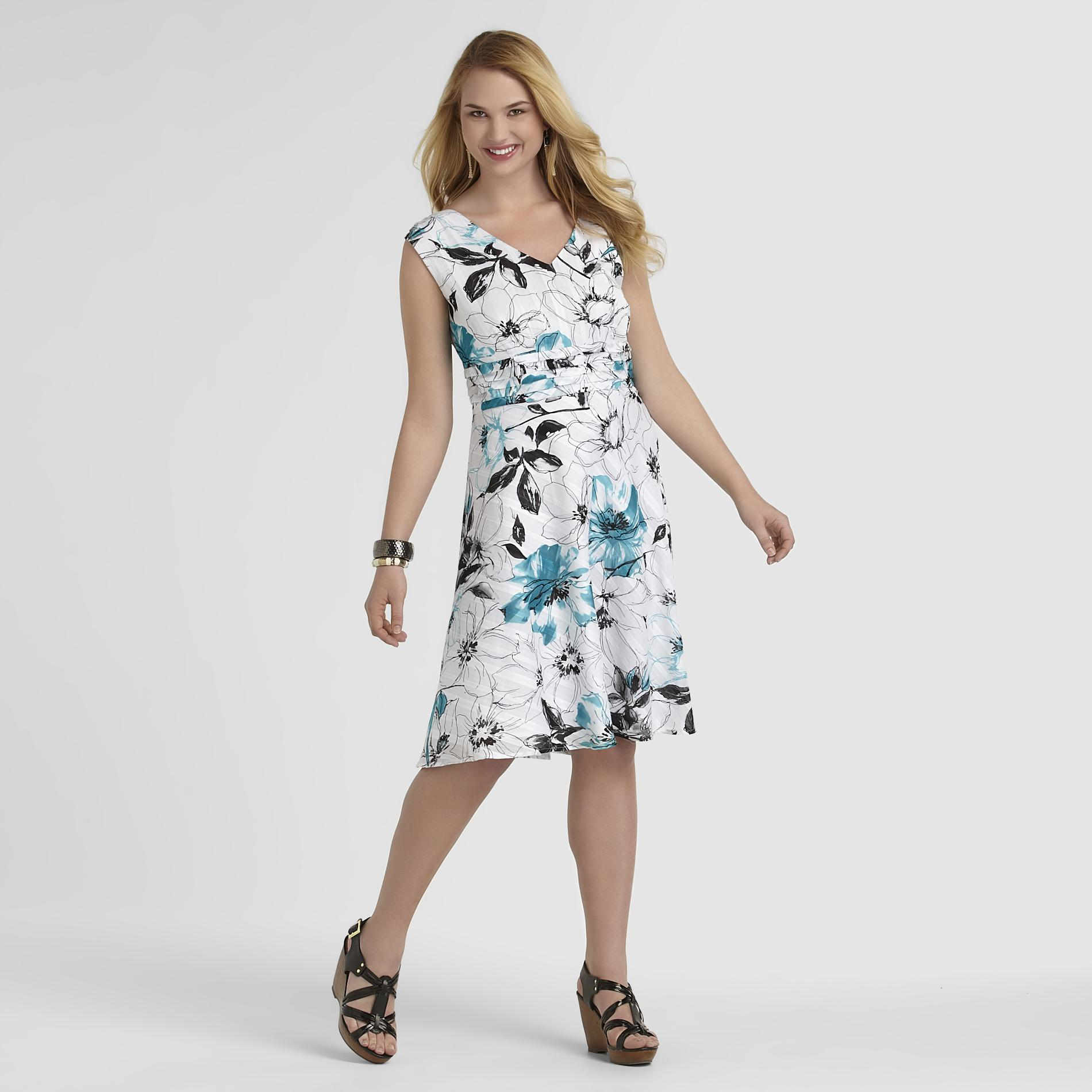 Robbie Bee Women's Plus Sleeveless Dress - Floral at Sears.com