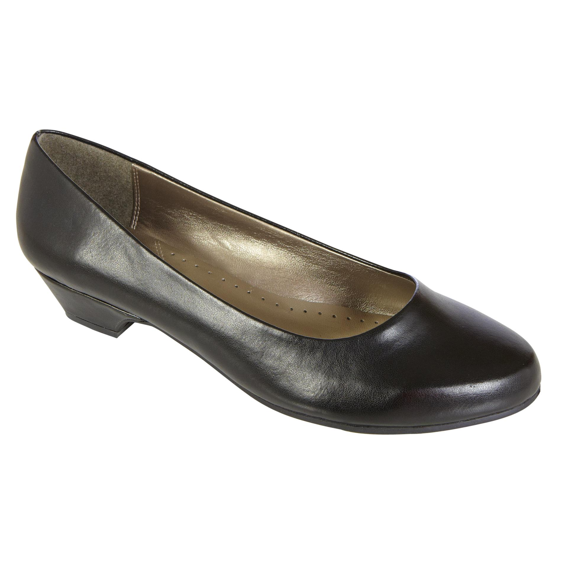 Basic Editions  Women's Dress Shoe Renee