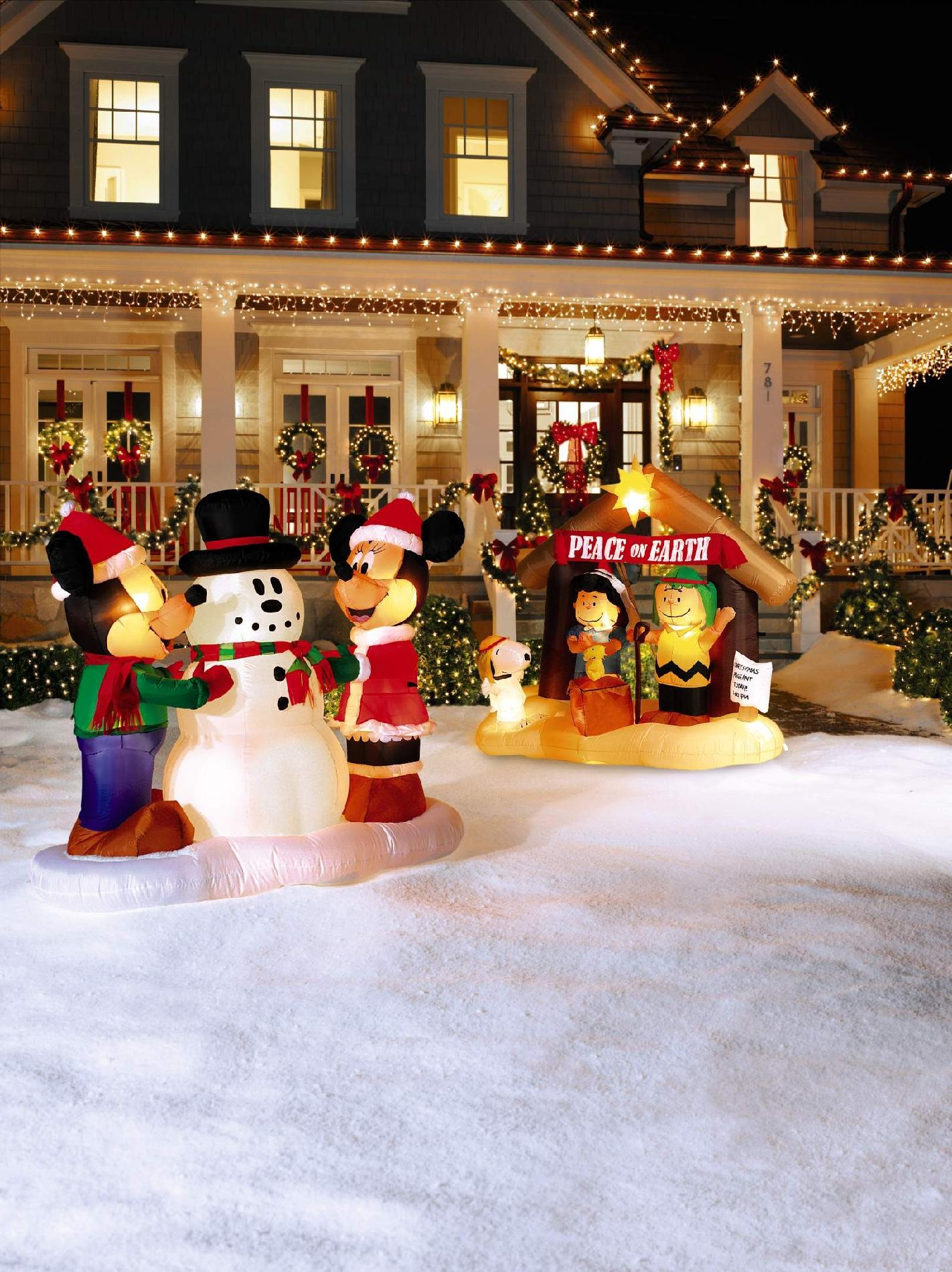 Outdoor Decorations & Figures