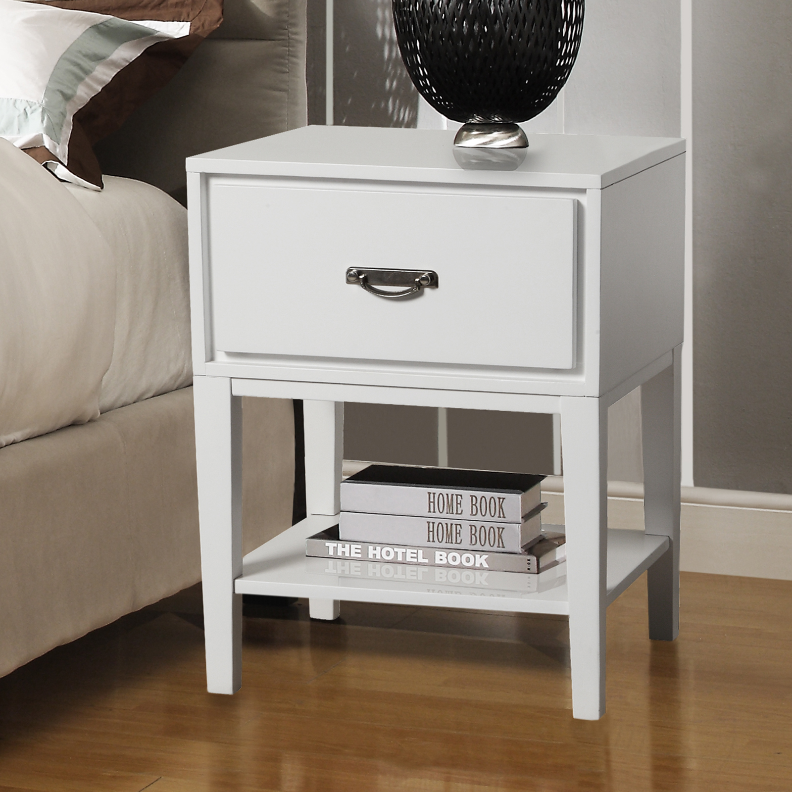 Oxford Creek Sienna Rectangle White Accent Table Nightstand Medium Finish PartNumber: 00855128000P KsnValue: 7940987 MfgPartNumber: 29564A161W(3A)