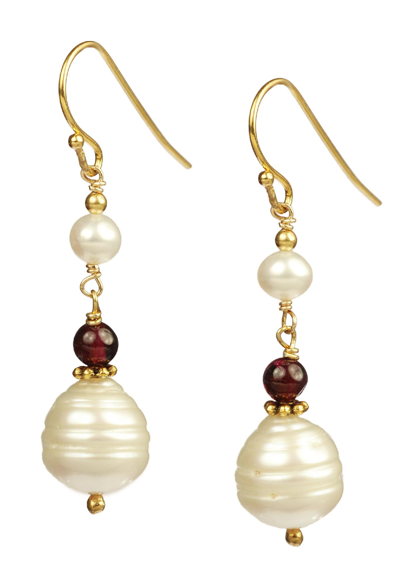 Garnet and Ringed Pearls With Gold Plated
