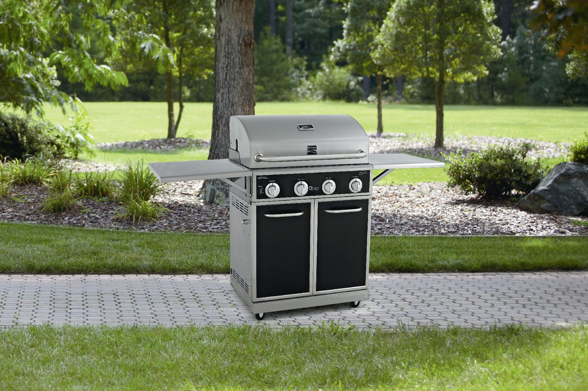 Black-4-Burner-Gas-Grill-With-Folding-Side-Shelves-and-lit-knobs