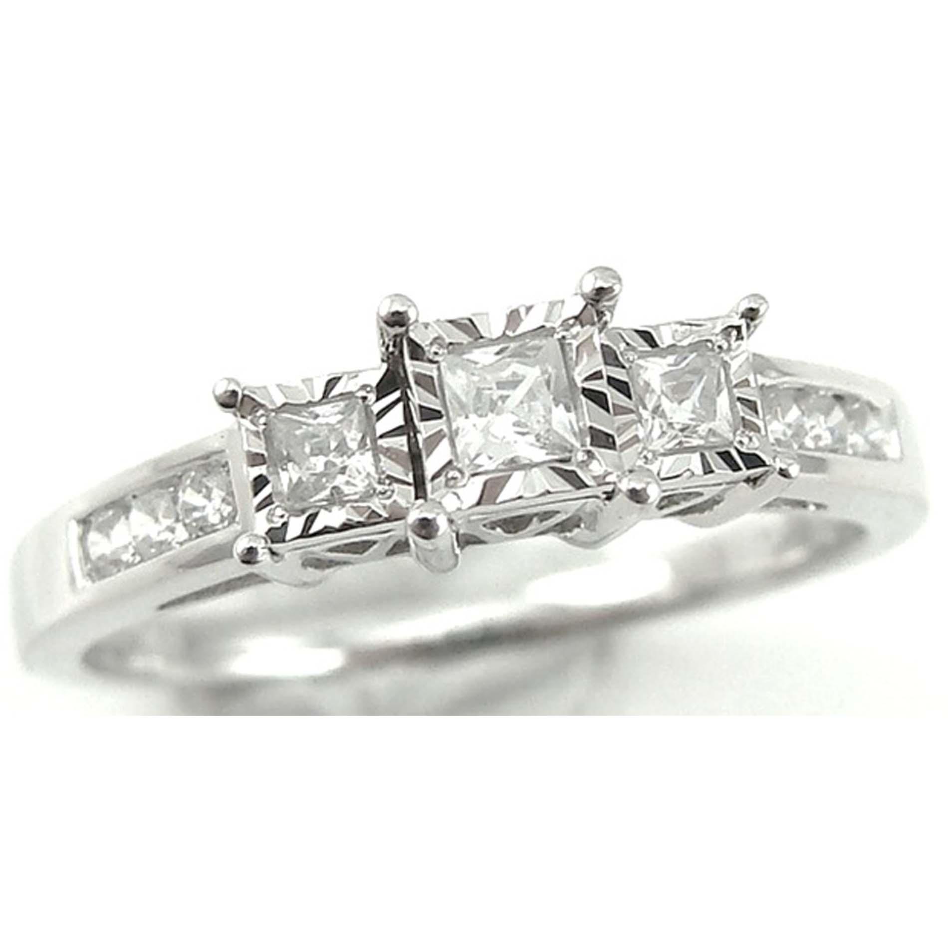 Lovely Heart Shaped Diamond Ring Gold