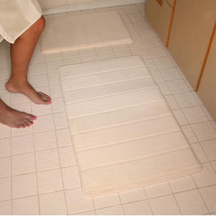 Deluxe Comfort Microfiber Absorbing Memory Foam Bath Mat 21x34 (Large) - White at Sears.com